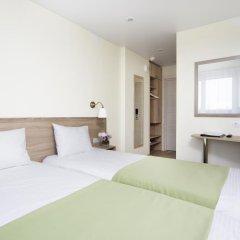 Гостиница Репинская 3* Улучшенный номер с различными типами кроватей фото 2