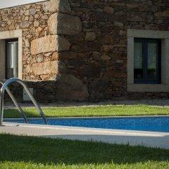 Отель Quinta Vilar e Almarde бассейн
