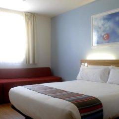 Отель Travelodge Madrid Alcalá Стандартный номер с двуспальной кроватью фото 2