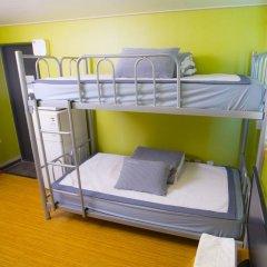 KW Hongdae Hostel Стандартный семейный номер с двуспальной кроватью фото 2