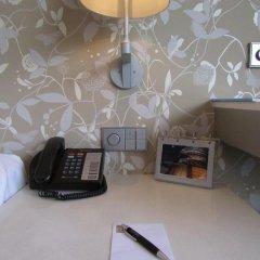 Wangz Hotel 4* Улучшенный номер с различными типами кроватей фото 5