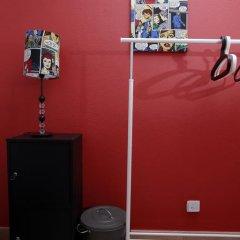 Ericeira In Love Hostel Кровать в общем номере с двухъярусной кроватью фото 11