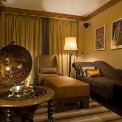 Отель Pousada De Sao Tiago гостиничный бар