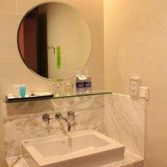 Palace Hotel Saigon 4* Номер Делюкс с различными типами кроватей фото 4