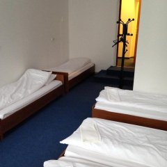 Отель Budget Central 2* Стандартный семейный номер с двуспальной кроватью фото 11