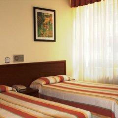 Отель Hostal San Glorio 2* Стандартный номер с 2 отдельными кроватями