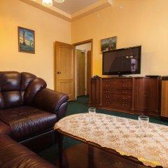 Гостиница К-Визит 3* Люкс с двуспальной кроватью фото 30