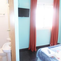 Отель Hostal Numancia Номер Делюкс с различными типами кроватей фото 4