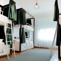 Отель Karavan Inn Кровать в общем номере с двухъярусной кроватью фото 3