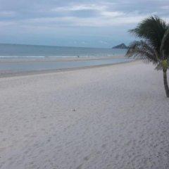Thipurai Beach Hotel Annex пляж
