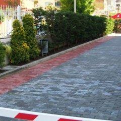 Отель Arvi парковка