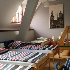 Hostel Universus i Apartament Кровать в общем номере с двухъярусной кроватью фото 12