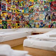 Hostel Florenc Кровать в общем номере с двухъярусной кроватью фото 3