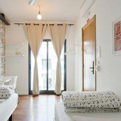Lisbon Destination Hostel Стандартный номер с 2 отдельными кроватями (общая ванная комната) фото 4