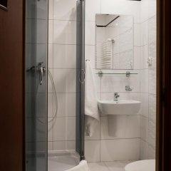 Отель Senator ванная фото 2