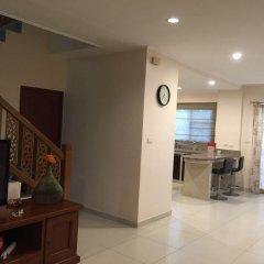 Отель Baan Somprasong Condominium комната для гостей фото 5