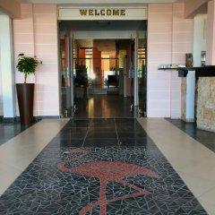 Отель Flamingo Beach Hotel Кипр, Ларнака - 13 отзывов об отеле, цены и фото номеров - забронировать отель Flamingo Beach Hotel онлайн интерьер отеля