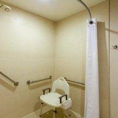 Отель Holiday Inn Express Guadalajara Iteso 2* Стандартный номер с различными типами кроватей фото 4