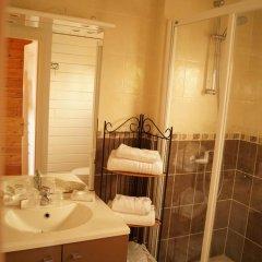Отель Hôtel La Fiancée Du Pirate Франция, Ницца - отзывы, цены и фото номеров - забронировать отель Hôtel La Fiancée Du Pirate онлайн ванная
