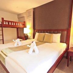 Отель Phuket Orchid Resort and Spa 4* Стандартный семейный номер с разными типами кроватей фото 11