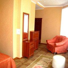 Sunday Hotel Бердянск комната для гостей