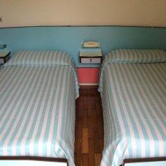 Отель Albergo Villa Azalea Италия, Вербания - отзывы, цены и фото номеров - забронировать отель Albergo Villa Azalea онлайн комната для гостей фото 4