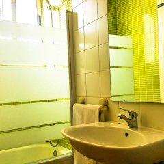 Отель Hostal Restaurante El Paso Испания, Байлен - отзывы, цены и фото номеров - забронировать отель Hostal Restaurante El Paso онлайн ванная фото 2