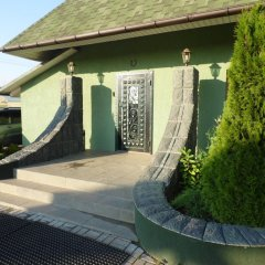 Мини-отель Хата Химки приотельная территория фото 2