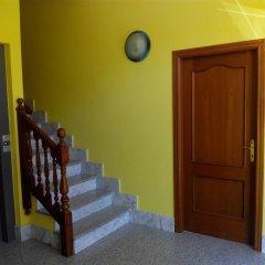 Отель Apartamentos Querol Вальдерробрес интерьер отеля