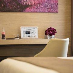 Отель Dominic & Smart Luxury Suites Republic Square интерьер отеля