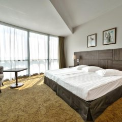 Отель Marina Grand Beach 4* Люкс