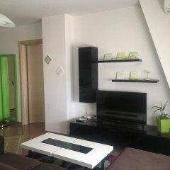 Отель Geri Apartment Албания, Тирана - отзывы, цены и фото номеров - забронировать отель Geri Apartment онлайн удобства в номере фото 2