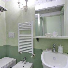 Отель LM Suite Spagna 3* Стандартный номер с двуспальной кроватью фото 2