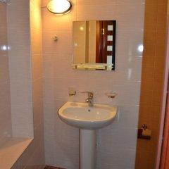 Отель Исака 3* Стандартный номер с 2 отдельными кроватями фото 11