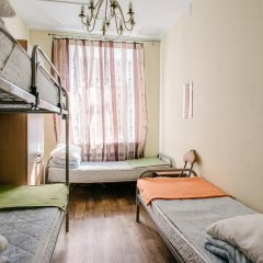 Хостел Актив Кровать в общем номере с двухъярусной кроватью фото 7