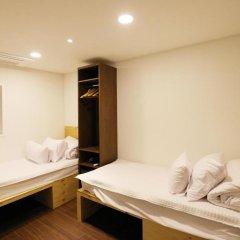 Отель STEP INN Myeongdong 1 комната для гостей фото 3