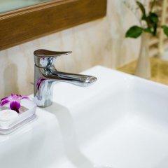 Отель Aiyara Palace Таиланд, Паттайя - 3 отзыва об отеле, цены и фото номеров - забронировать отель Aiyara Palace онлайн ванная