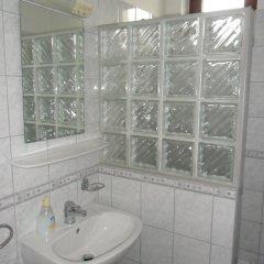 Отель Várkert Panzió és Étterem Венгрия, Силвашварад - отзывы, цены и фото номеров - забронировать отель Várkert Panzió és Étterem онлайн ванная