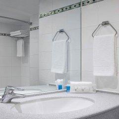 Отель Holiday Inn London Kensington Forum 4* Стандартный номер с двуспальной кроватью фото 5