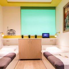 Хостел PoduShkinn Стандартный номер 2 отдельными кровати фото 6