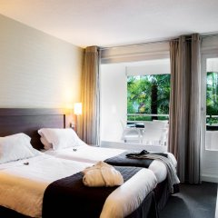 Отель Residence La Reserve Франция, Ферней-Вольтер - отзывы, цены и фото номеров - забронировать отель Residence La Reserve онлайн комната для гостей