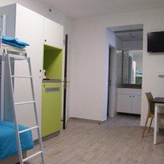 Hi Tel Aviv - Bnei Dan Hostel Стандартный номер фото 4