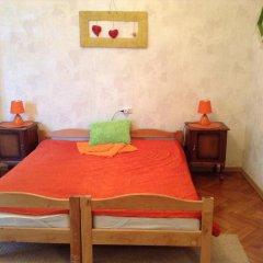 Ester President Hostel Стандартный номер с 2 отдельными кроватями (общая ванная комната) фото 4