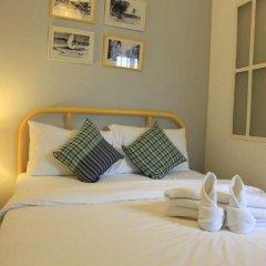 Ai Phuket Hostel Стандартный номер с двуспальной кроватью (общая ванная комната) фото 5