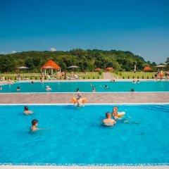 Hotel Illara Свалява бассейн фото 2
