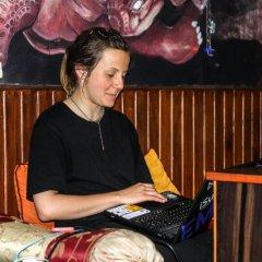 Отель The Sparkling Turtle Backpackers Hostel Непал, Катманду - отзывы, цены и фото номеров - забронировать отель The Sparkling Turtle Backpackers Hostel онлайн спа