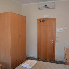 Отель Madre Chiara Domus Стандартный номер с различными типами кроватей фото 4