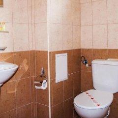 Отель Ivian Family Hotel Болгария, Равда - отзывы, цены и фото номеров - забронировать отель Ivian Family Hotel онлайн ванная