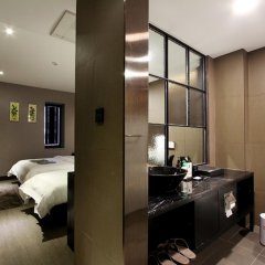 Donggyeong Hotel 3* Стандартный номер с различными типами кроватей фото 6