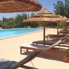 Отель Quinta Rosa Amarela бассейн